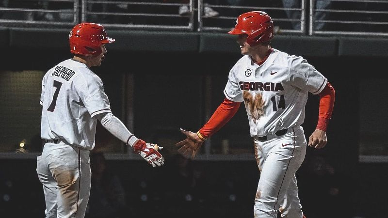 No. 4 Georgia completes sweep of Santa Clara