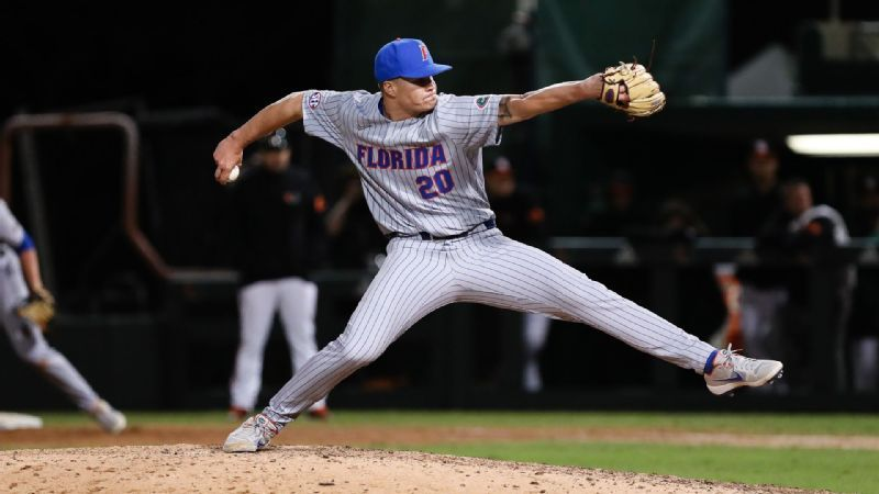 Florida scores five runs in extra innings to beat Miami