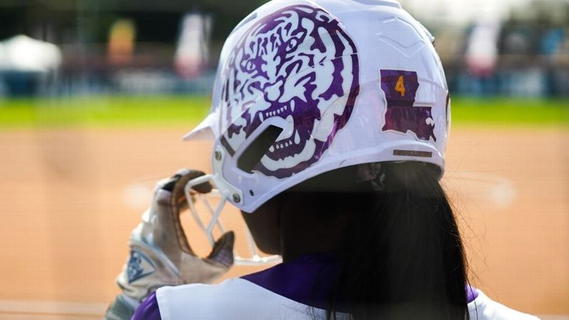 No. 4 LSU splits two to open Judi Garman Classic