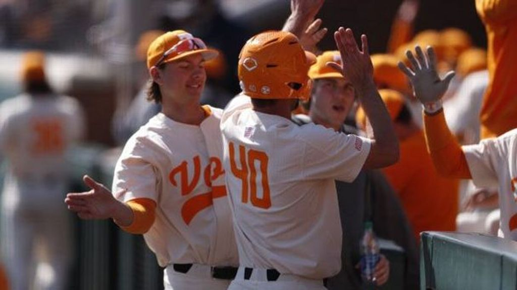 Vols move to 13-0 after massive win over Longwood