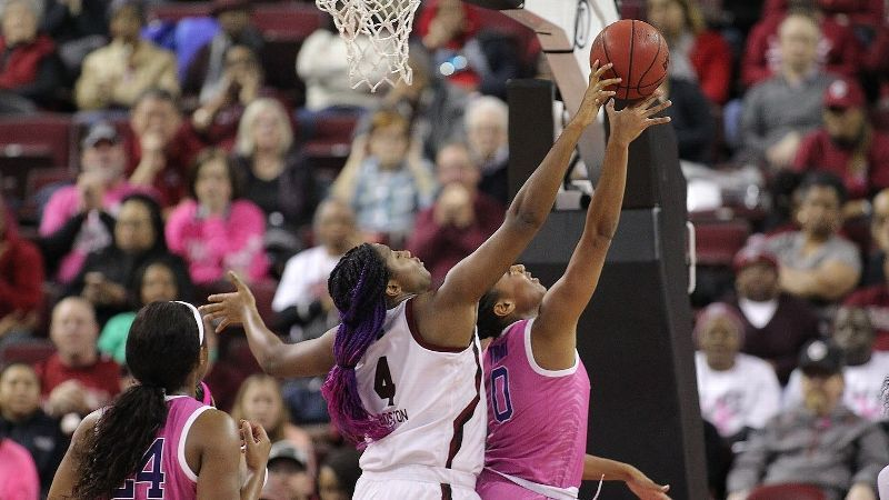 Boston earns WBCA Freshman of the Year Honors