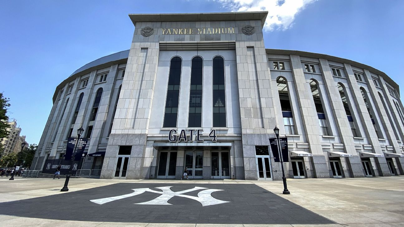 Baker: Astros' return to Bronx 'going to be wild'