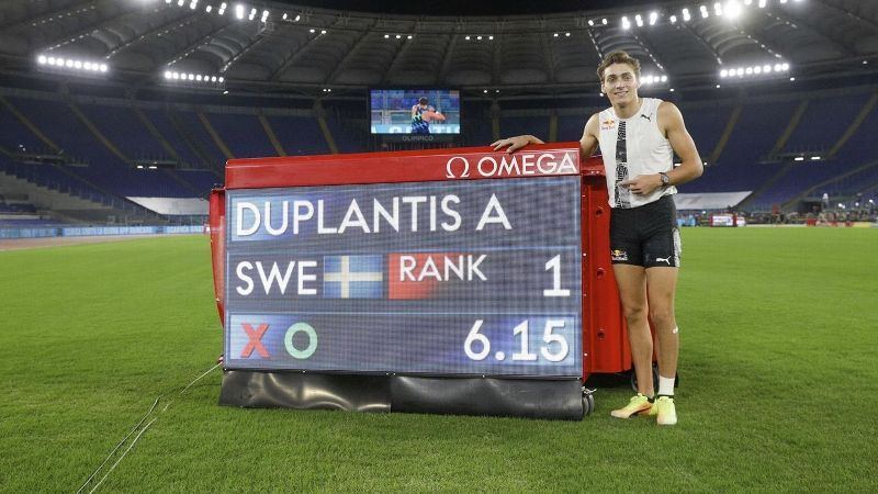 Mondo sets outdoor pole vault World Record