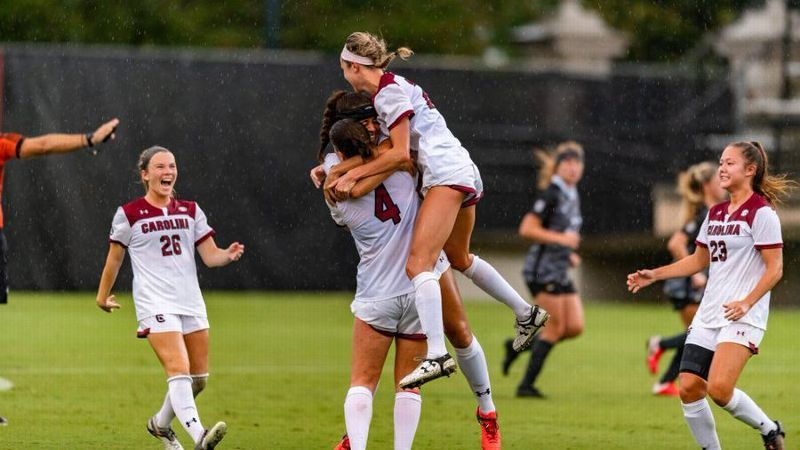 Four unanswered South Carolina goals swamp Missouri