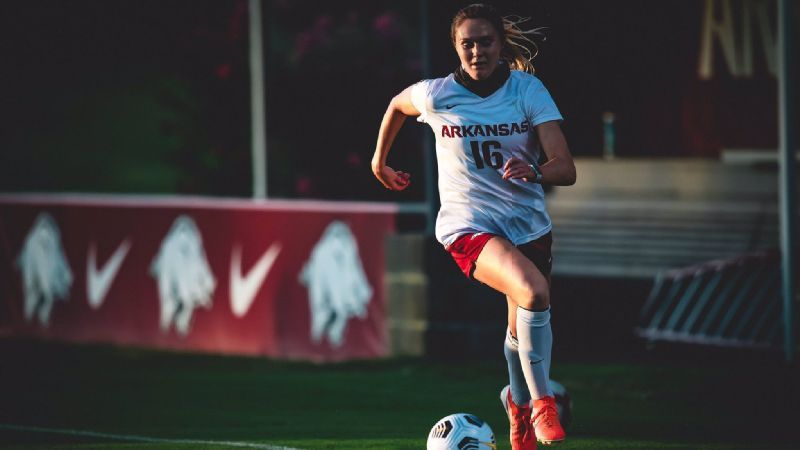 Arkansas' Anna Podojil Named College Player of the Week
