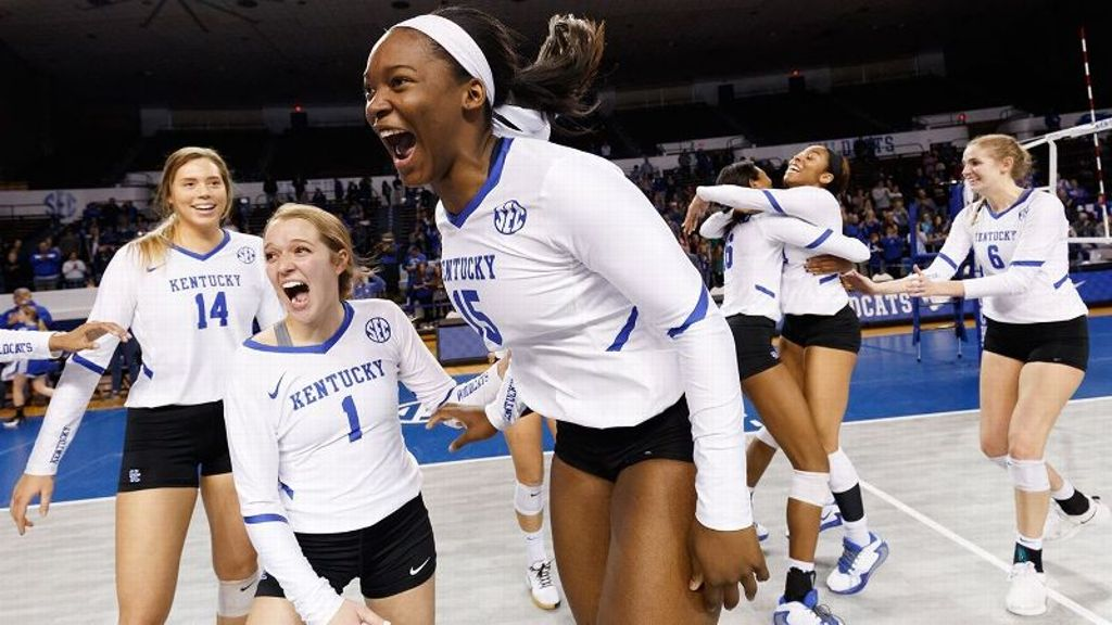 UK wins wild second set in Top 10 victory at Mizzou
