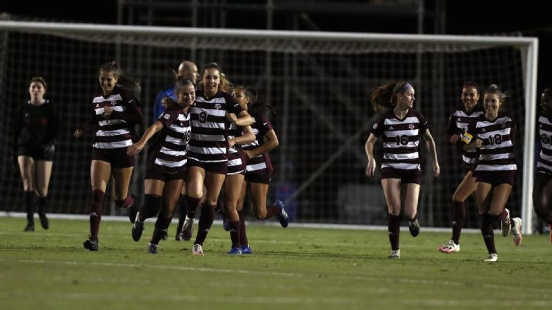 Texas A&M wins in Tuscaloosa, 2-0