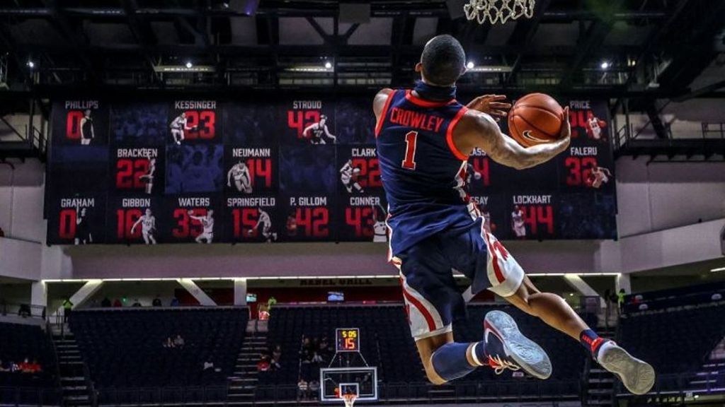 Rebels put on a show at Pavilion Madness