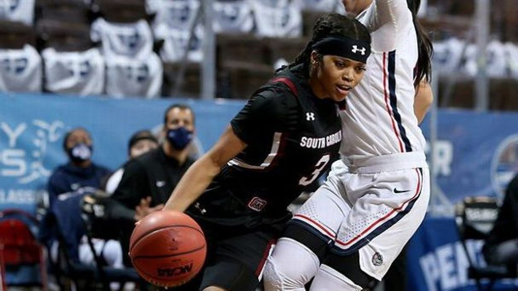 No. 1 South Carolina holds off No. 21 Gonzaga 79-72