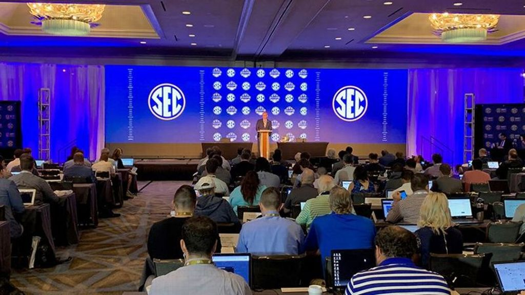 SEC adjusts site of 2021 Football Media Days