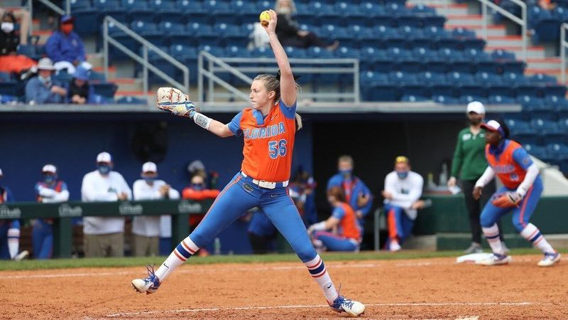 Gators still undefeated after win over Niners, Eagles