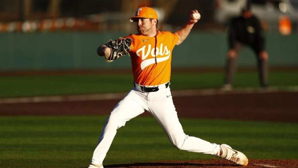 No. 16 Tennessee moves to 4-0 with lopsided win