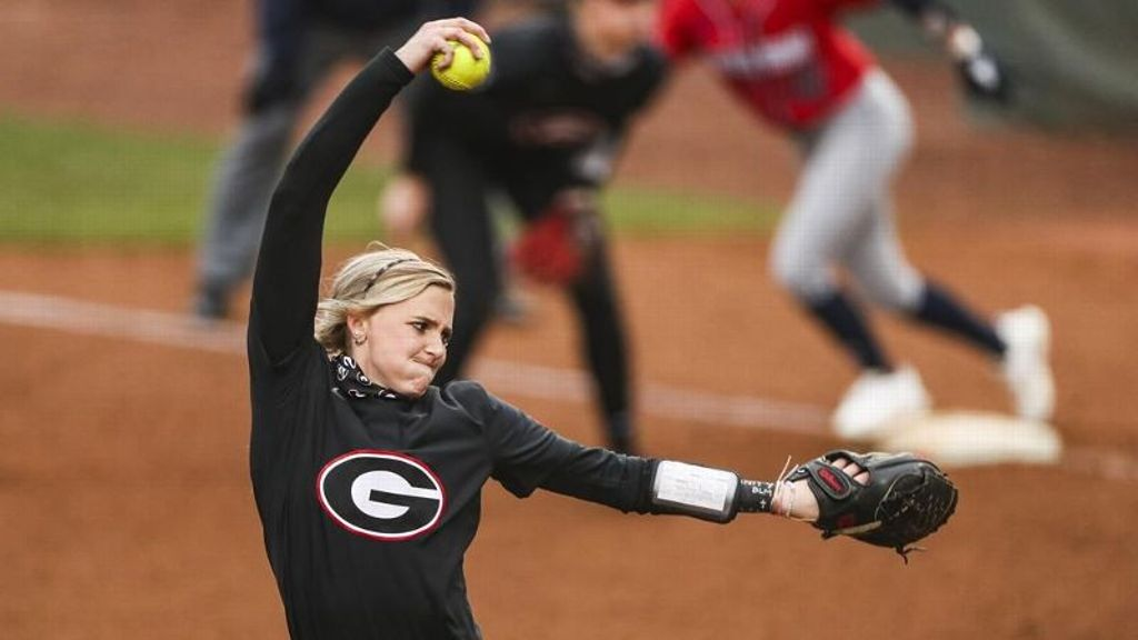 No. 19 Georgia pitchers toss no-hitter in DH sweep