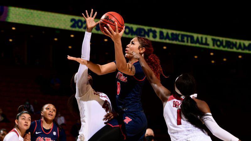 Ole Miss stuns Arkansas, advances to quarterfinals