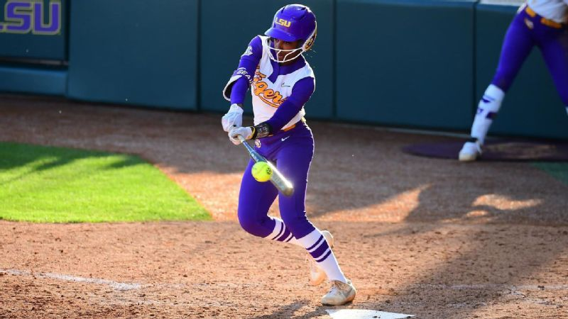 Tigers takes series against Texas 2-1 in tripleheader