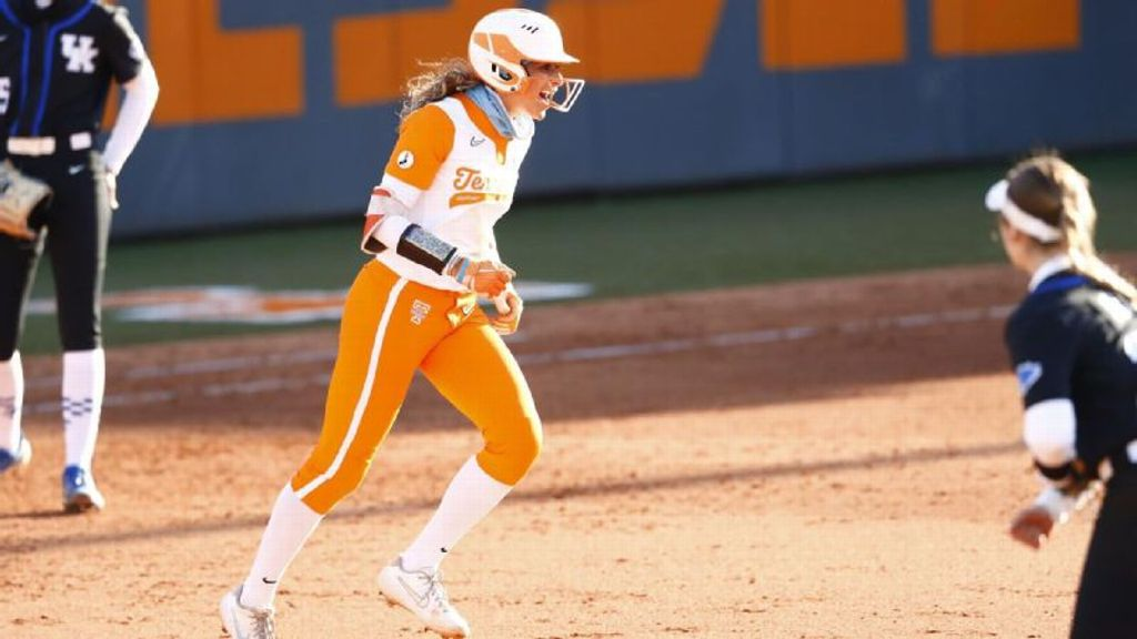 Explosive fifth inning leads Lady Vols past Kentucky
