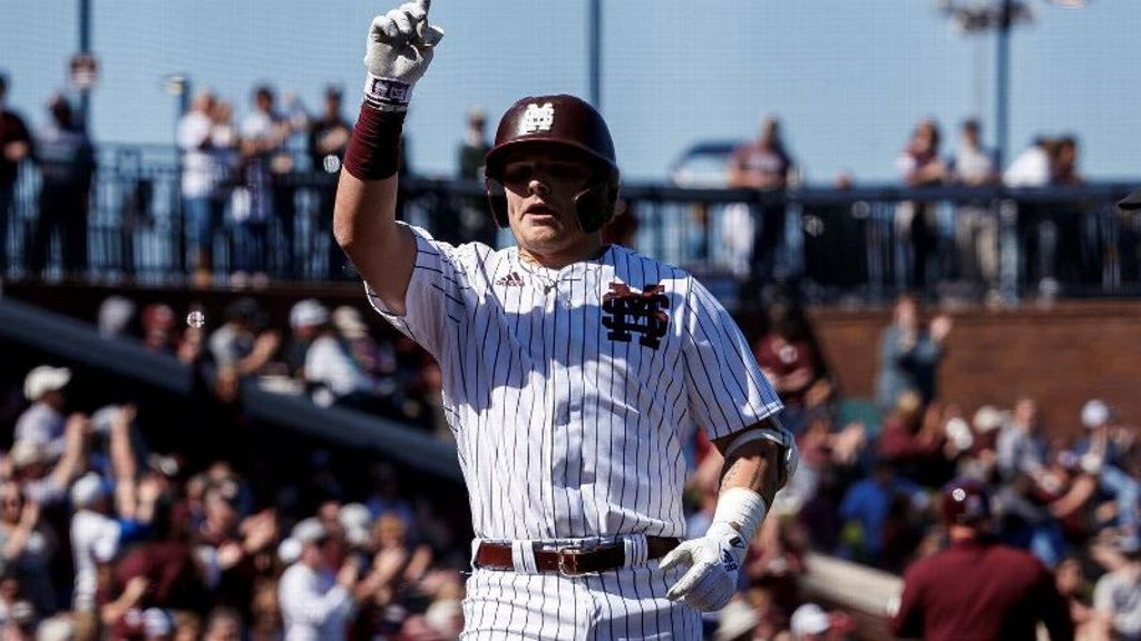 No. 8 Mississippi State sweeps Kentucky