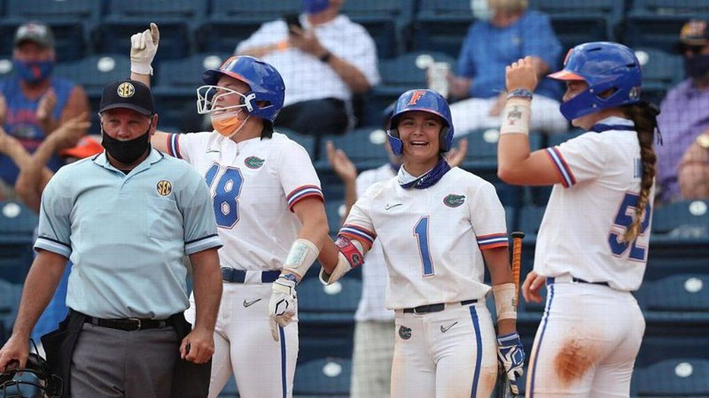 No. 5 Florida sweeps South Florida in doubleheader