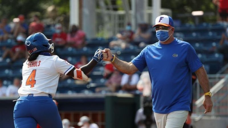 Gators win fifth straight after taking down WKU