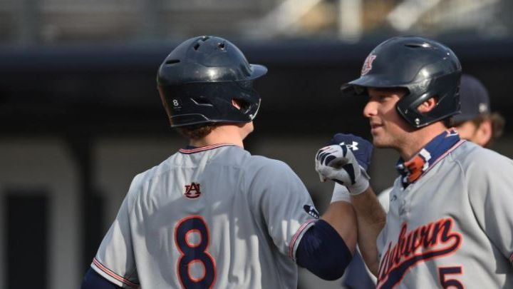 Auburn snaps losing streak with win over Yellow Jackets