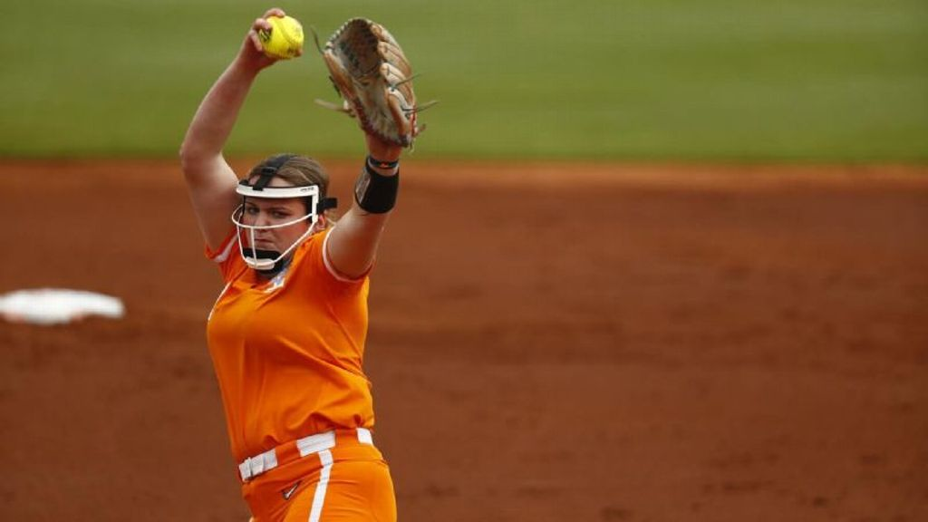 Rogers' pitching pushes Lady Vols to series sweep