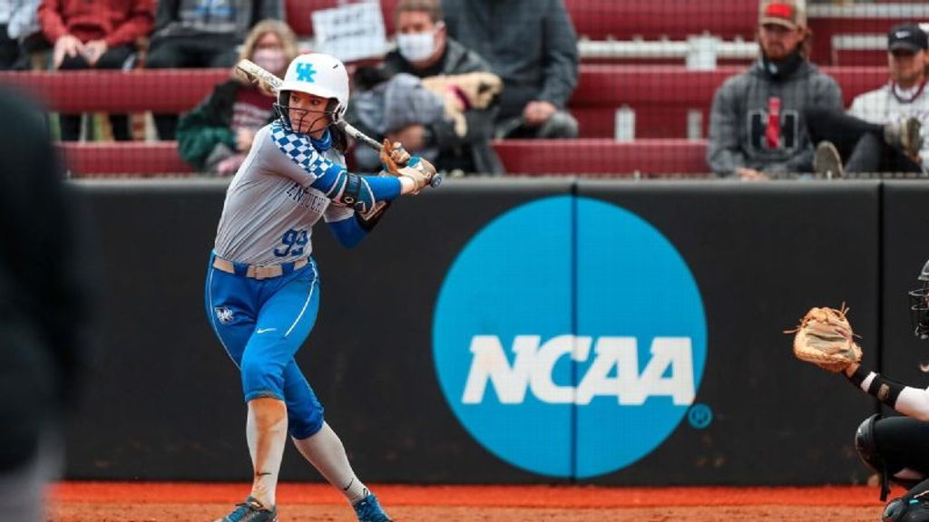 Kowalik extends UK-record hit streak to 20 in win
