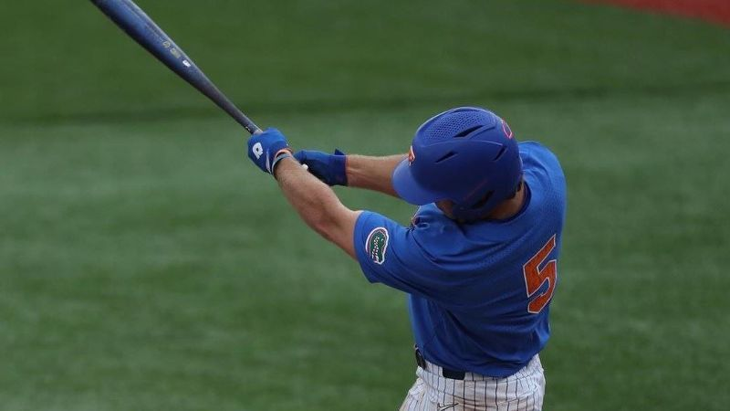 Gators extend winning streak to six after road win