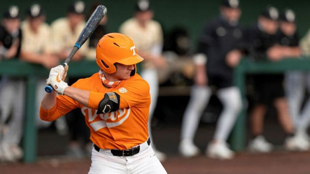 No. 6 Vols explode for 20 runs in series-clinching win