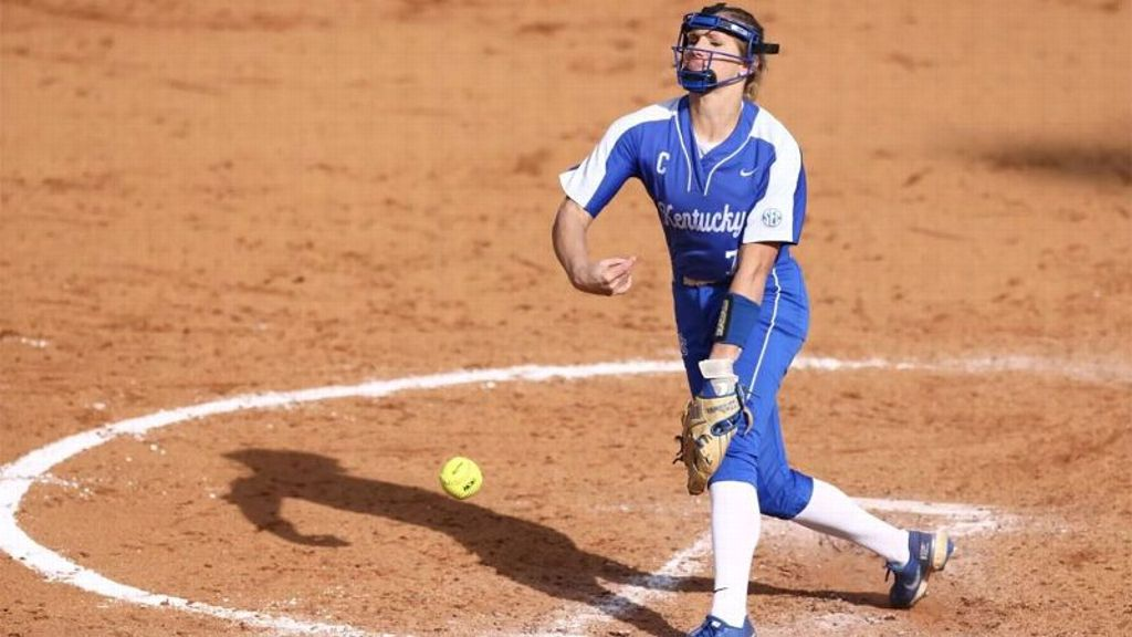 Humes, Wildcats complete road sweep against Aggies