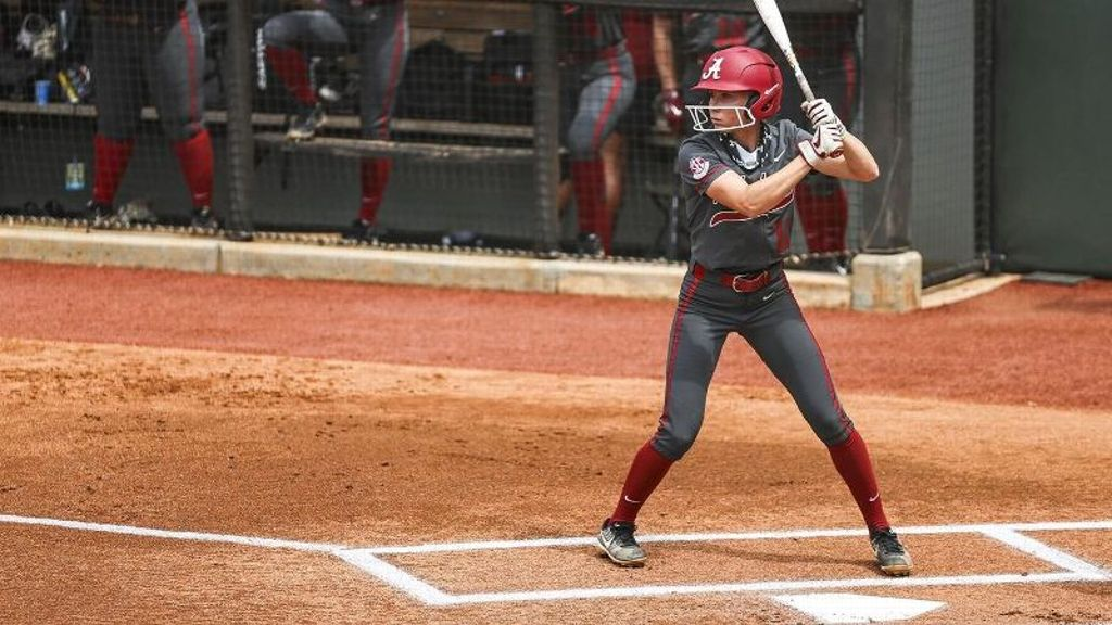 Crimson Tide's win streak continues with series sweep
