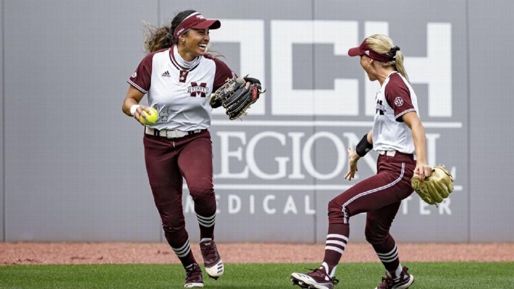 Mississippi State sweeps No. 15 Tennessee