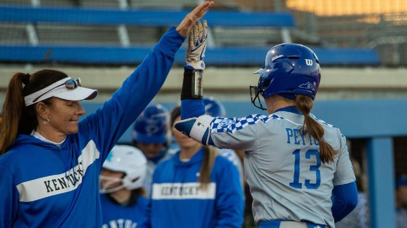 Peyton's two-run double lifts UK past South Carolina
