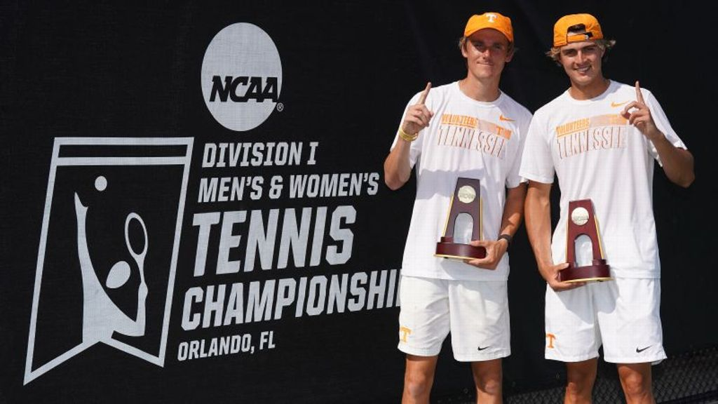 Aussie duo claims Vols' third individual doubles crown