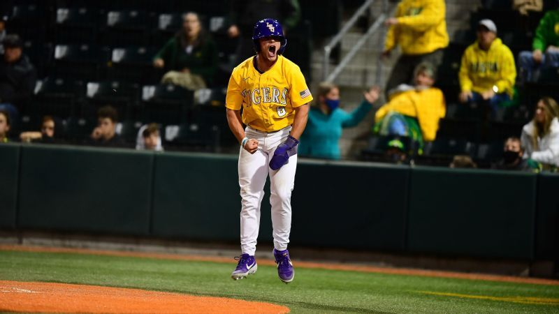 LSU holds on to beat Oregon, advance to Super Regional