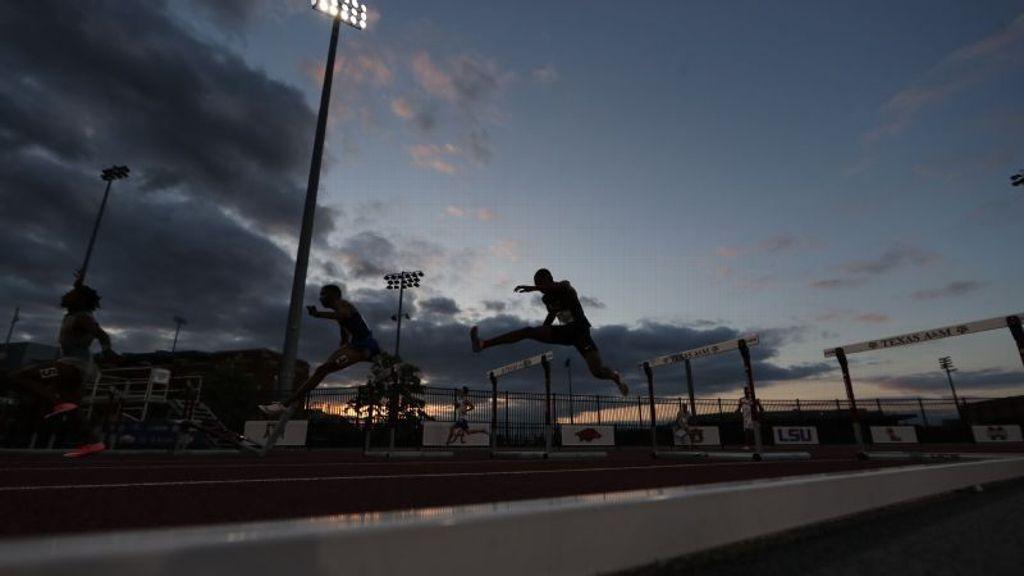 Over 200 SEC Track Athletes Garner Academic Recognition