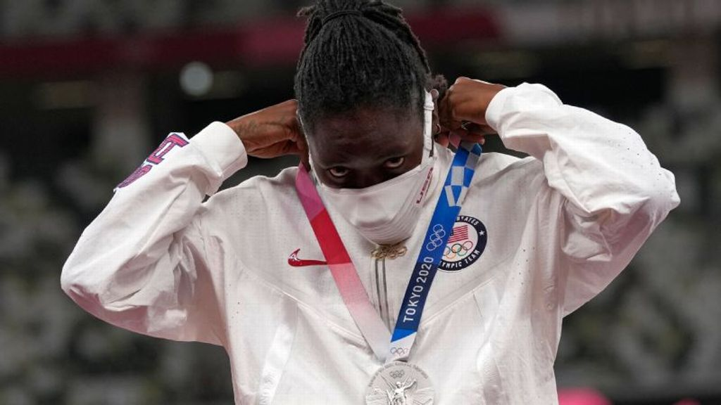 Reese ends Olympic career after taking silver medal