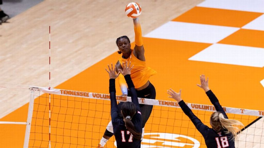 No. 23 Tennessee completes sweep of Morehead State