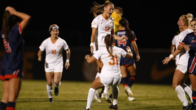 Lady Vols top No. 11 Auburn for first conference win