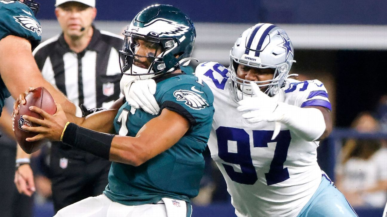 Philadelphia Eagles, embarrassed by rival Cowboys, in jeopardy of free fall