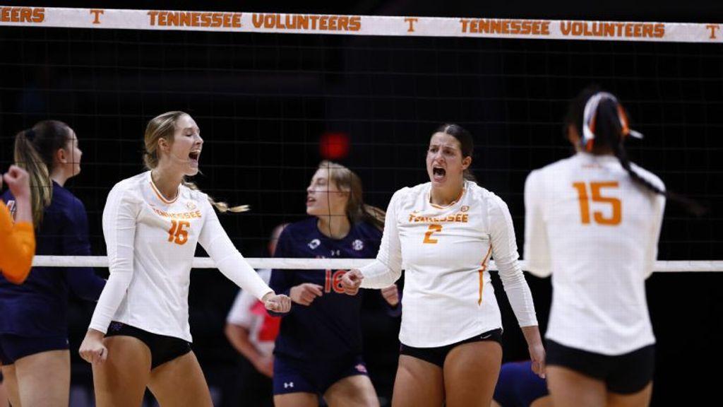 No. 20 Lady Volunteers sweep aside Auburn