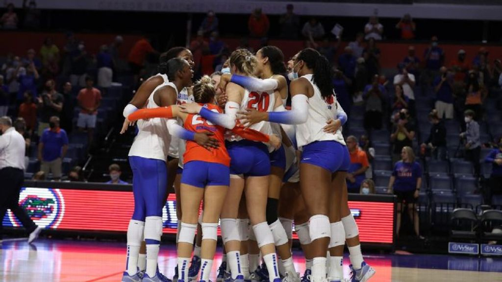 No. 22 Gators sweep Ole Miss for third-straight win