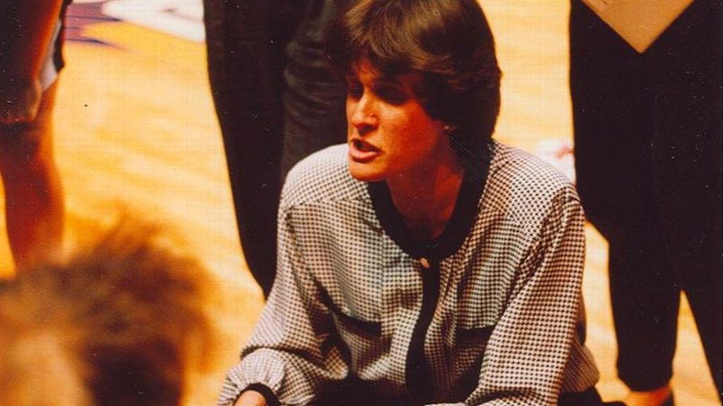 Nancy Wilson: A pivot for women's basketball