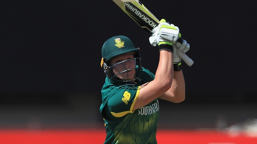 Bowlers, Lizelle Lee secure series for South Africa women