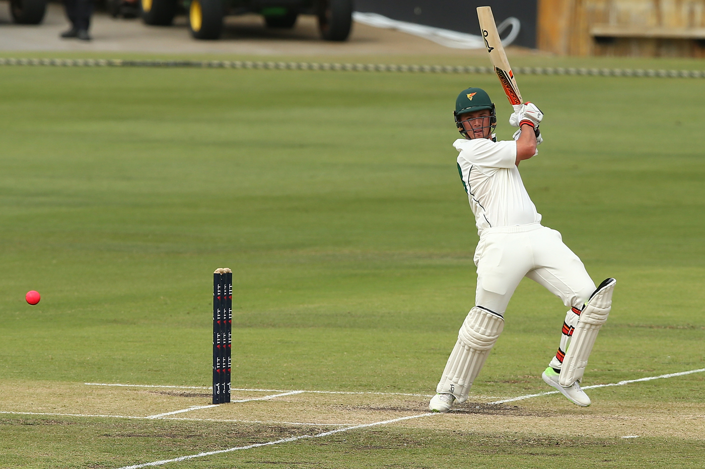 Pucovski ton leaves Tasmania facing 476-run target