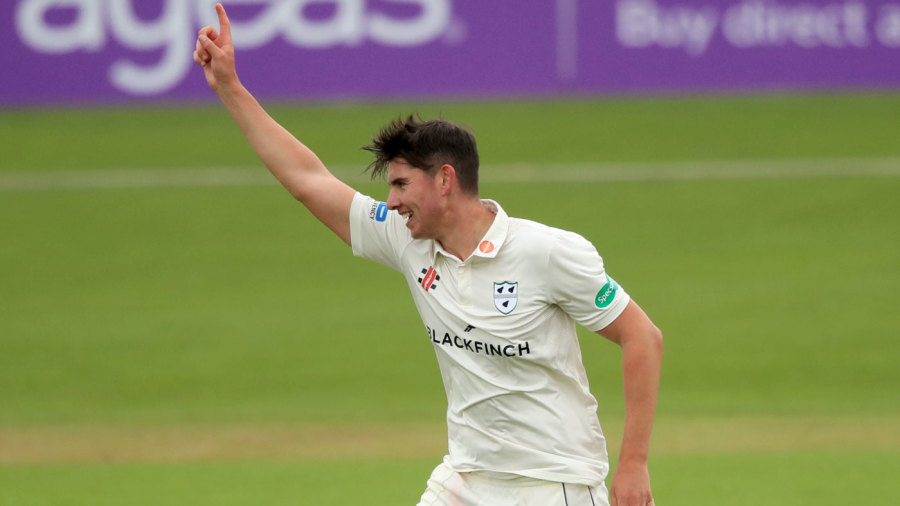 Josh Tongue five-for puts victory in reach for Worcestershire
