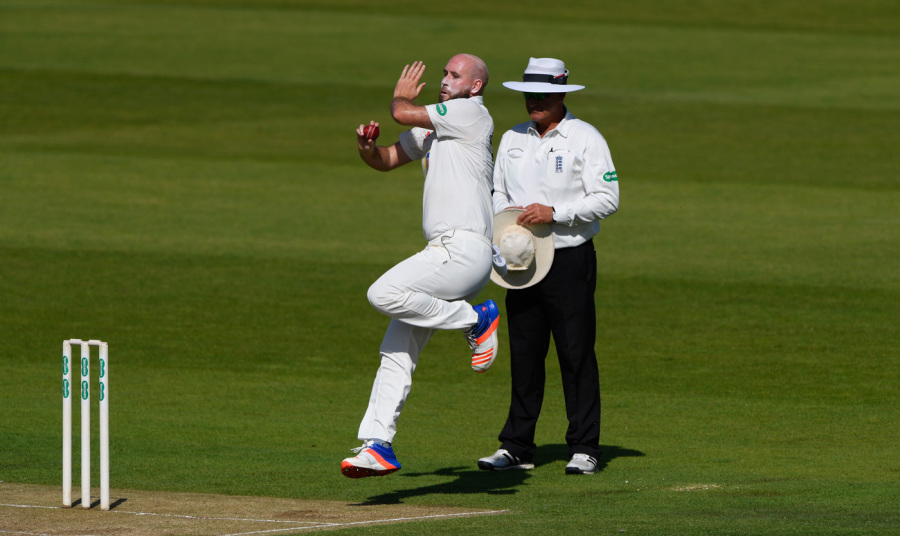 Worcestershire overcome Chris Rushworth five-for to win comfortably