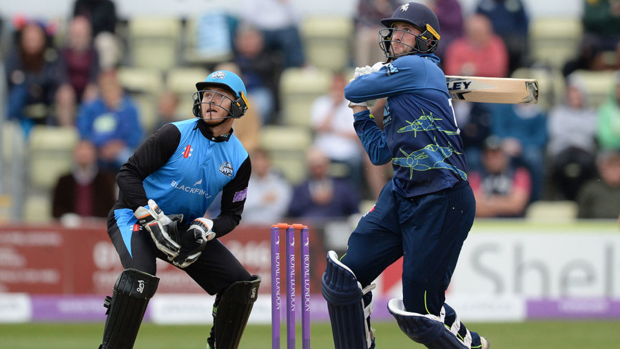 Alex Blake haunts Hampshire again as Kent seal two-wicket victory