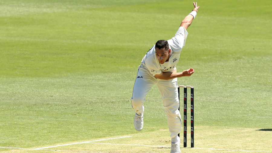 Nic Maddinson's century spree continues to lead Victoria