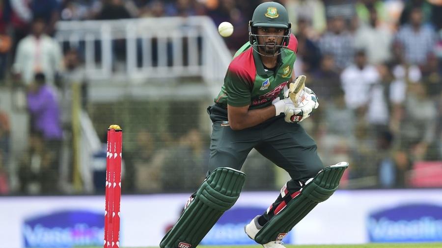 Mahmudullah, bowlers take Bangladesh into tri-series final