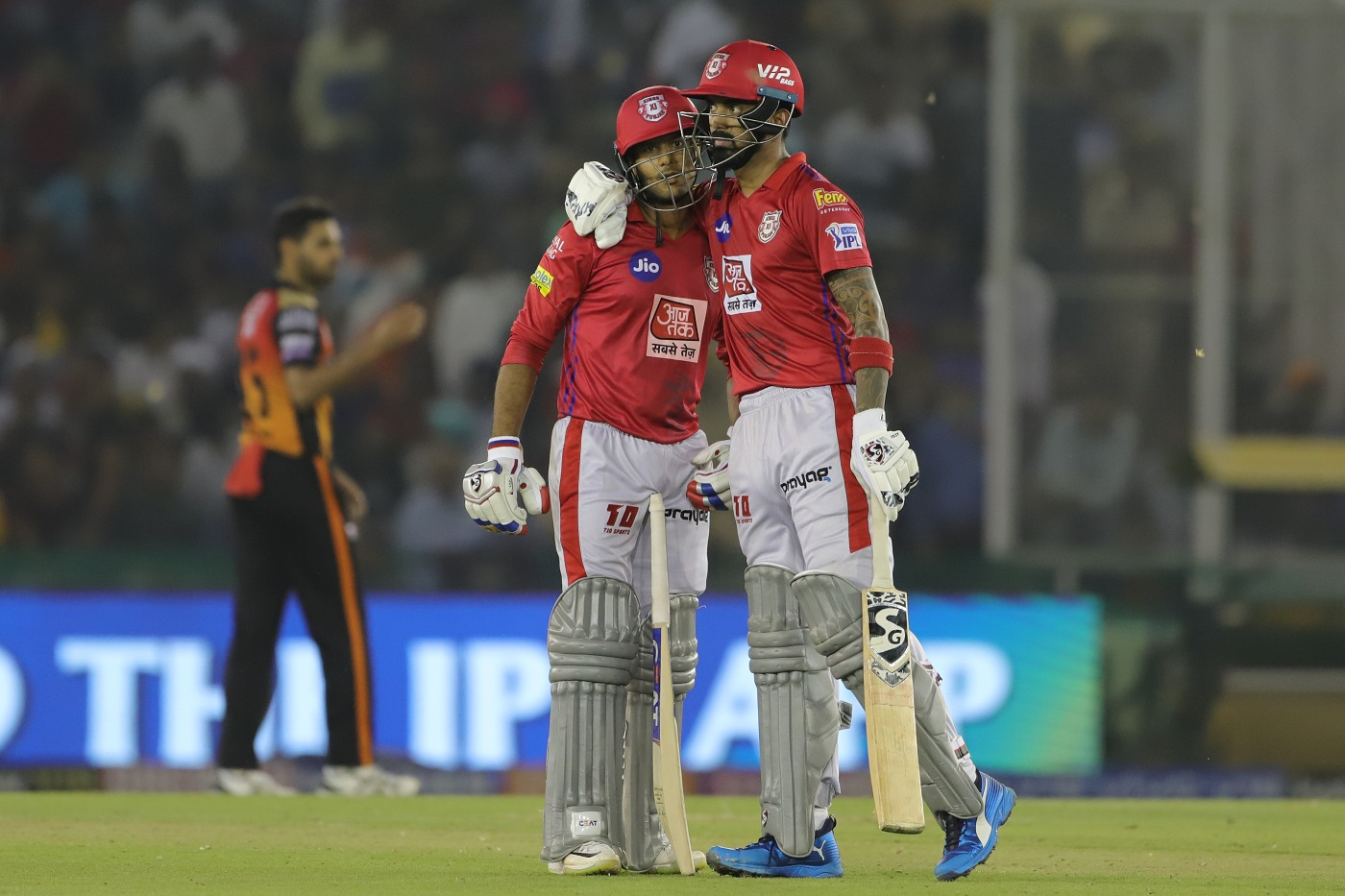 Kings XI Punjab beat Sunrisers Hyderabad by 6 wickets (with
